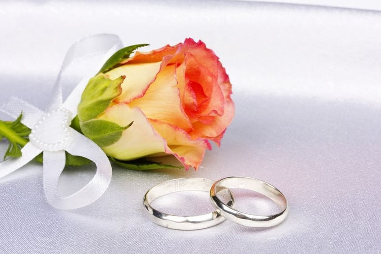 Décoration table d'honneur mariage : comment la réussir ?